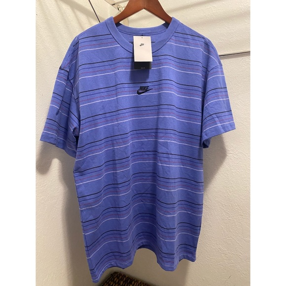 Nike MENS Tee - Short Sleeve - Loose Fit Size LARGE